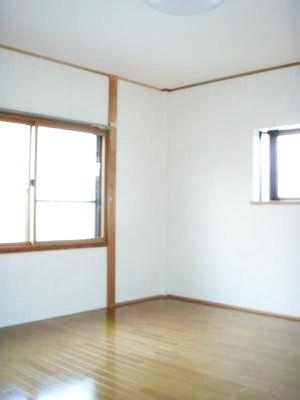 和室から洋室へリフォーム。テラス屋根もつけました。