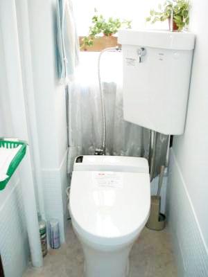 トイレのリフォーム、引戸と襖の直しをしました。
