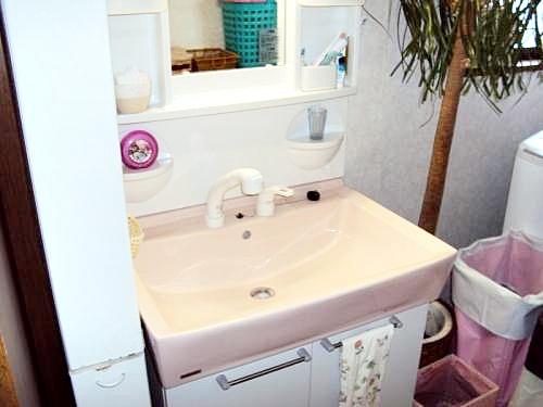 大きくて使いやすい洗面所になりました。