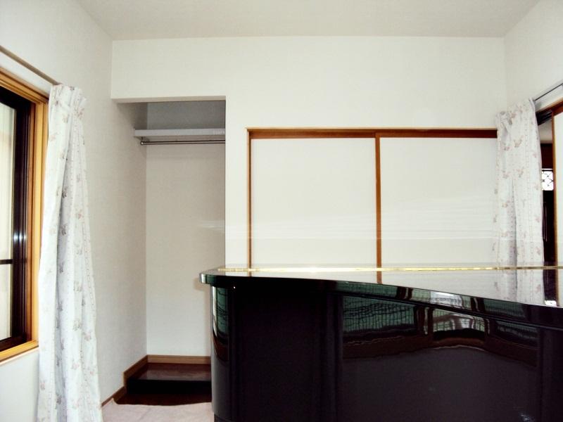 ピアノの練習のため、和室の防音工事をしました。