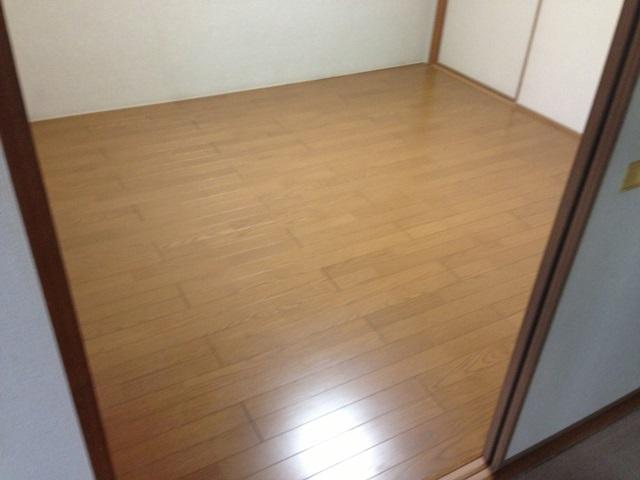 マンションの和室を畳からフローリングにしました。