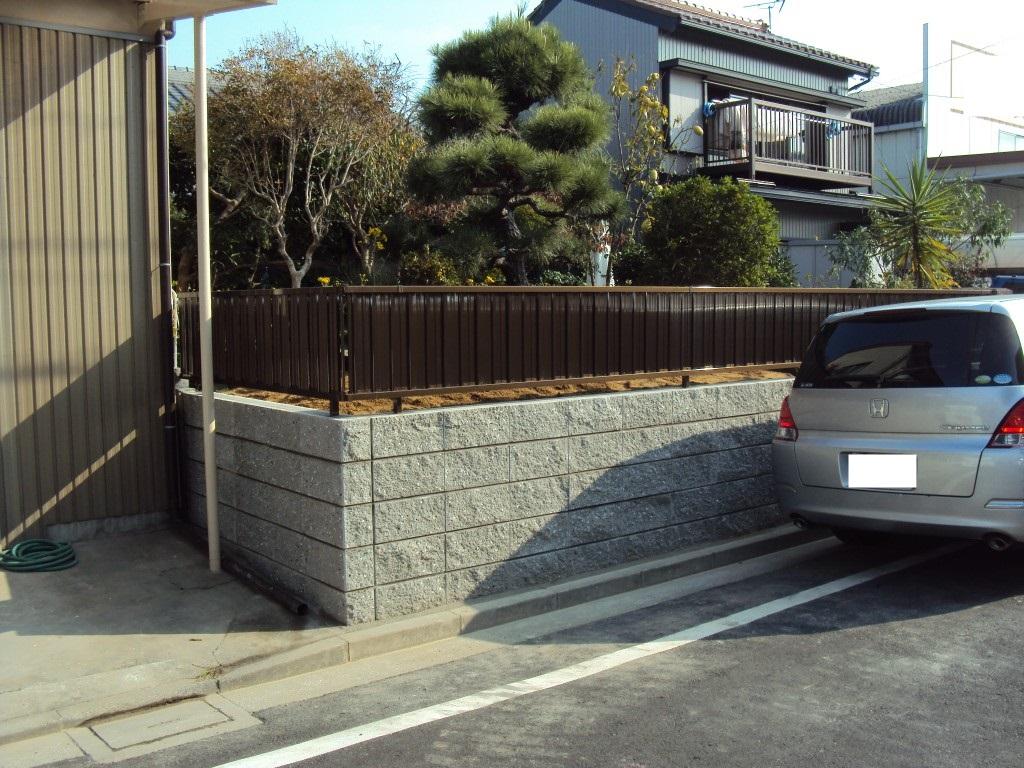 塀の改修をしました。