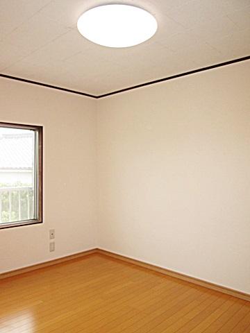 2階の洋室をリフォームしました。