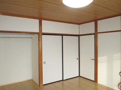 2階の和室を洋室にリフォームしました。