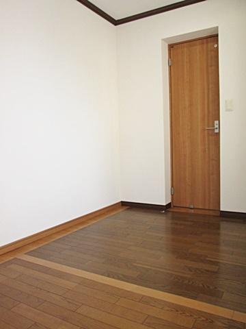 書斎と納戸を子供室にリフォーム