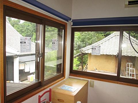 こちらの部屋は、内窓(プラマード)を取り付けました。カバー工法よりさらにお値打ちに、窓の断熱、防音性能をアップする事が出来ます。