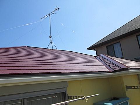 屋根と外壁の塗り替えをしました。