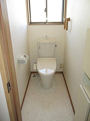 2階と3階のトイレをリフォームしました 他