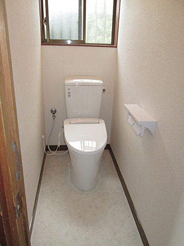 トイレと床のリフォームをしました