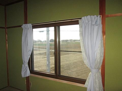 2階の窓全てに内窓を取り付け工事完了となりました。綺麗に生まれ変わったお宅にご好評頂きました