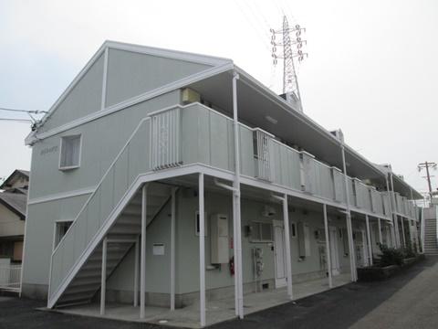 アパート2棟の外壁と屋根を塗り替えました