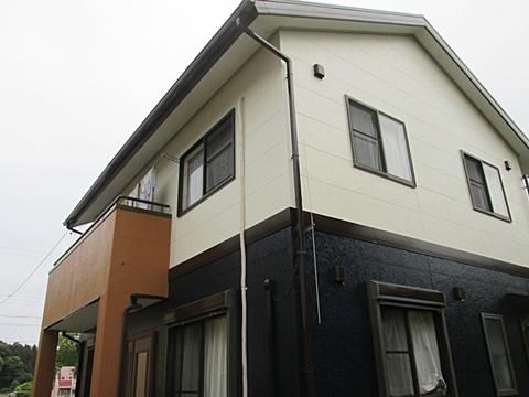 外壁と屋根を塗り替えました