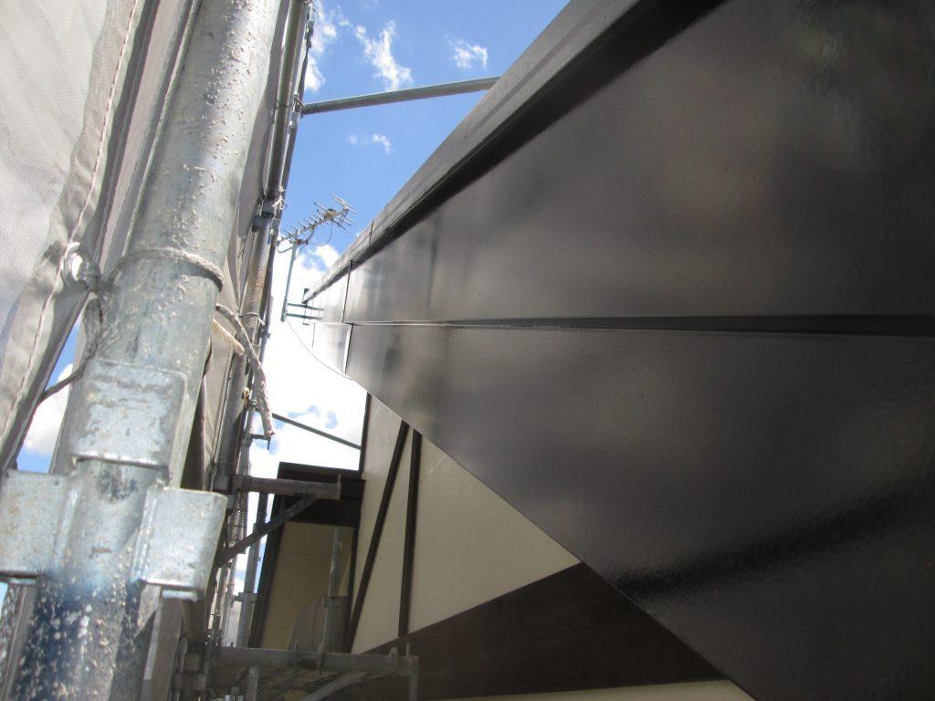 屋根と外壁を塗り替えました