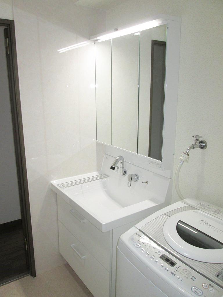 マンションの洗面所とトイレをリフォームしました