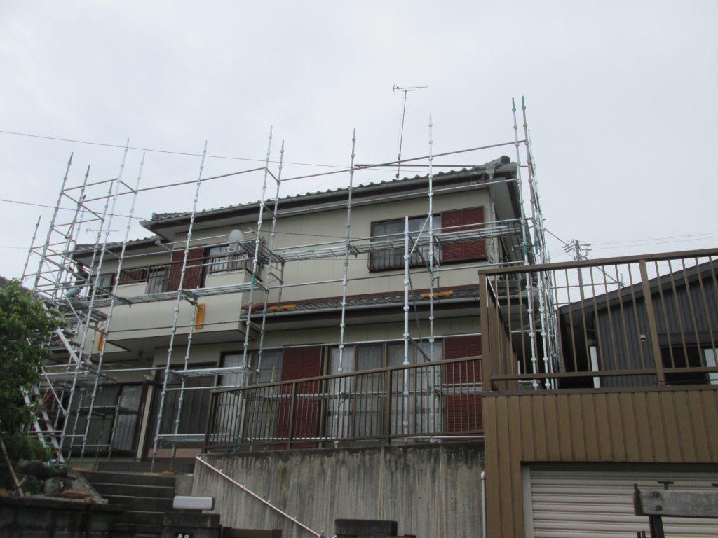 外壁と車庫の塗り替え、車庫屋根の防水工事をしました