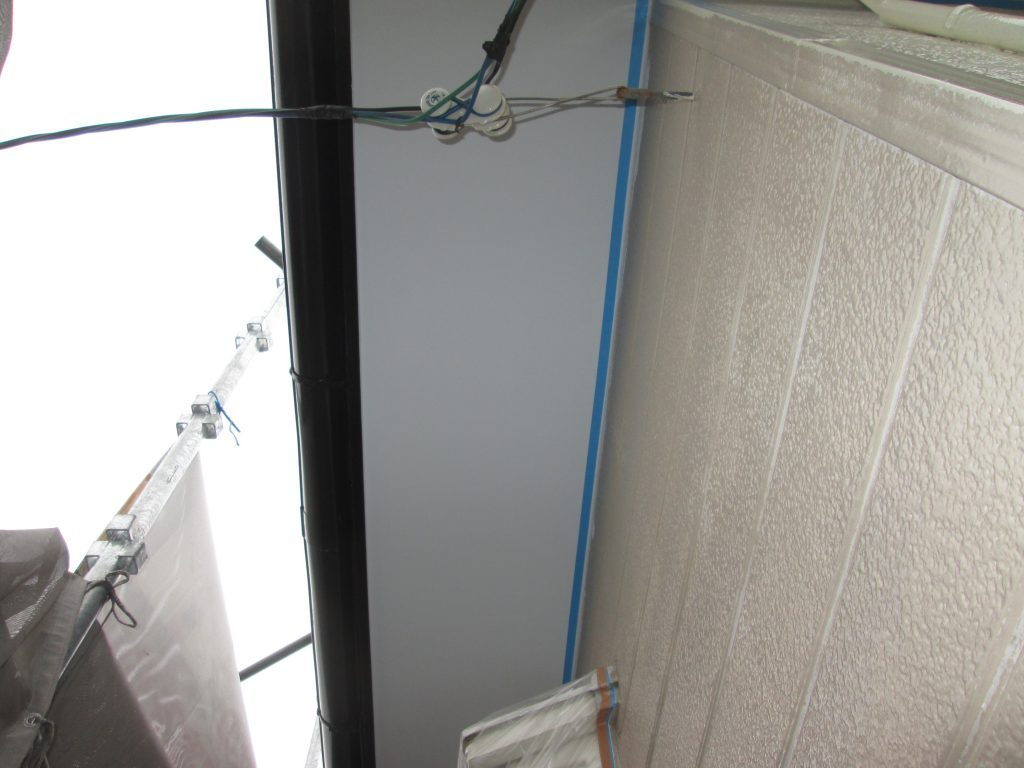 屋根と外壁の塗り替え、コンロを取り替えました