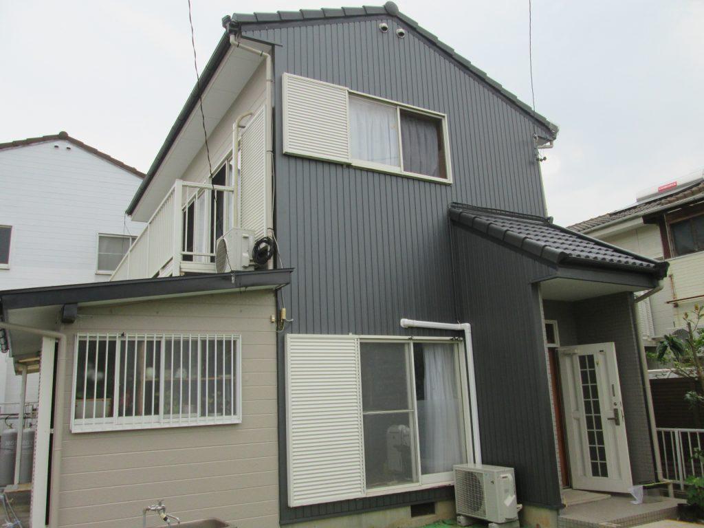 外壁張替、屋根・外壁塗装、シロアリ防除をしました。