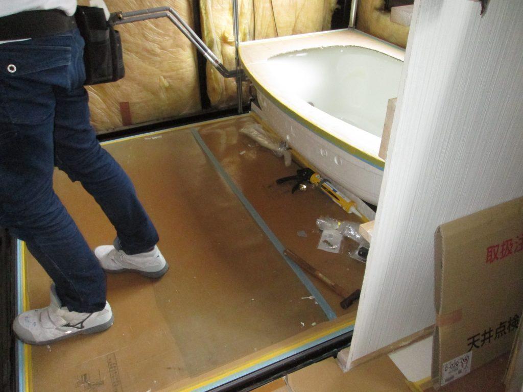 ユニットバスの交換と1階・2階トイレのリフォームをしました
