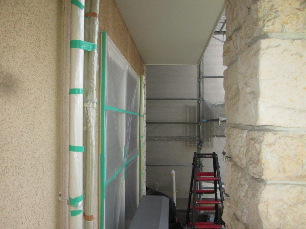 外壁の塗り替えとシロアリ防除を行いました。